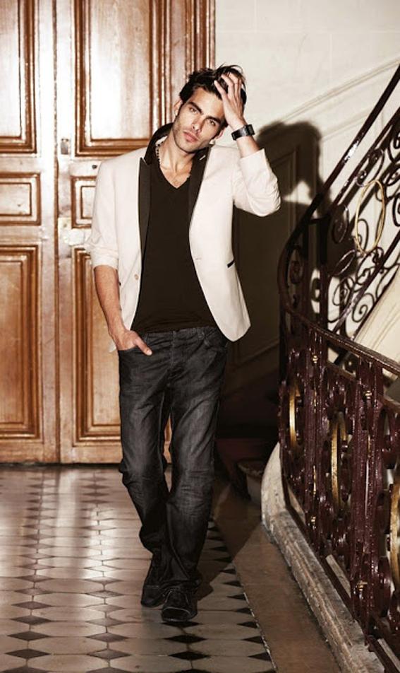 jon_cartagena_white blazer