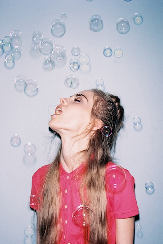 ilovegreeninspiration_bubbles_girl