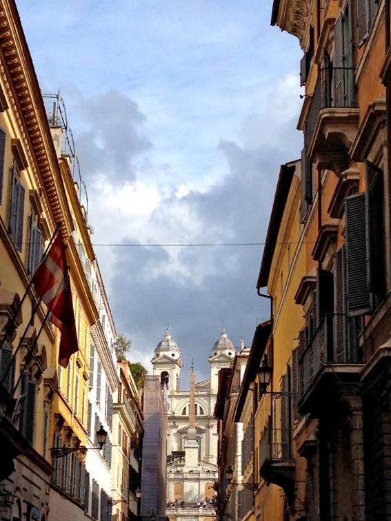 ilovegreeninspiration_novembre_round_on_piazza_di_spagna_roma