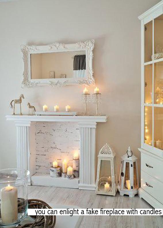 un camino finto da appendere al muro o da decorare con candele che ...