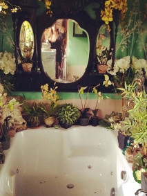 ilovegreeninspiration_jungle_bathroom_01